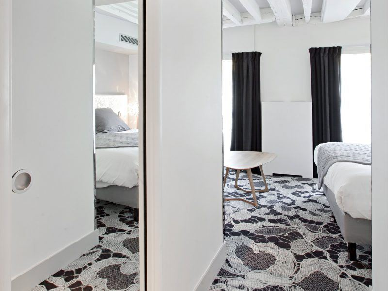 EGE Carpet - Hotel Chavanel, Franta