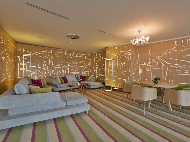 SKY LOUNGE SOFIA HOTEL INTERNATIONAL - IASI