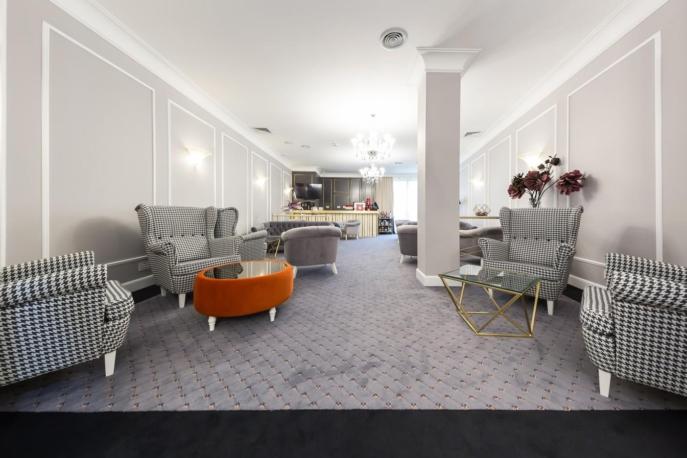 Lounge & Restaurant Hotel Splendid – Craiova – 4