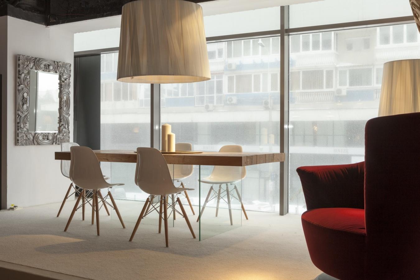 Showroom Innova – Bucuresti_files – 1