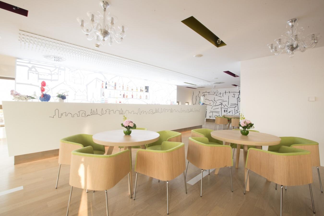 Sky-Lounge-Sofia-Hotel-International-Palace-Iasi3